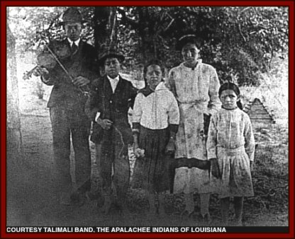 Pictures of Atakapan Indians http://www.snowwowl.com/peoplelouisiana3.html